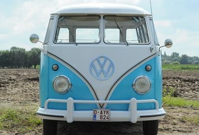 "1962 DELUXE SUNROOF ""SAMBA"" |  BLUE"
